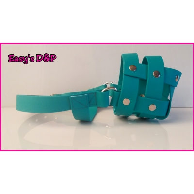 Muilkorf turquoise PVC rubber