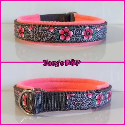 Sliphalsband grijs barok bloemen neon roze fleece